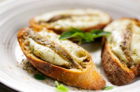 TOASTS WITH MOZZARELLA AND ANCHOVIES